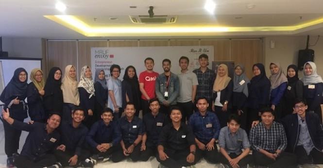 Team Community Qasir Jadi Pembicara di ENVOY
