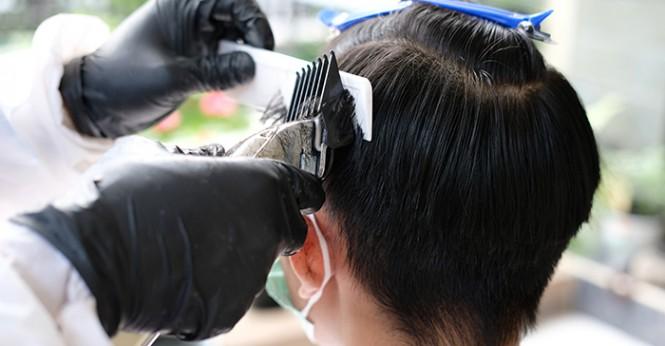 6 Fitur dalam Aplikasi Qasir untuk Usaha Pangkas Rambut
